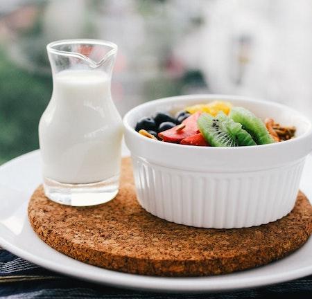 milk-and-fruit_stock-pic_09-2018_edited-2.jpg